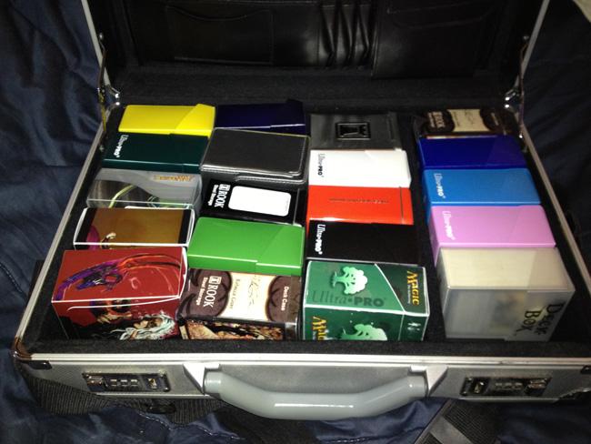 mtgdeck_briefcase