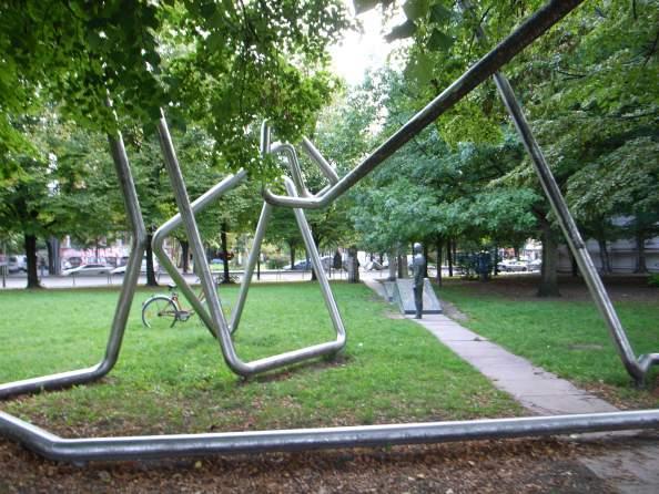 tracksculpture